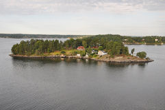 Charmante eilanden dichtbij Stockholm Stock Fotografie