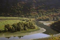 Charmig natur av Montenegro i Augusti Arkivfoton
