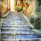 Charmiga gator av gamla byar Arkivfoto