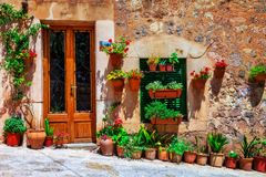 Free Charming Floral Decorated Streets Of Medieval Towns Of Italy. Stock Images - 105012534