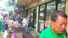 Charoen Krung路边路在唐人街,曼谷,泰国 股票视频