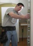 Charpentier au travail photo libre de droits