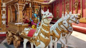 Charriot mit Lord Shiva, Tempel Mangalur, Indien lizenzfreies stockfoto