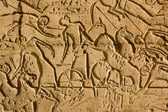 Chars à la bataille de Kadesh, Ramesseum Images libres de droits