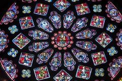 Chartres - собор нутряной, розовое окно Стоковое фото RF
