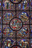 Chartres - собор, окно цветного стекла Стоковые Фотографии RF