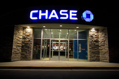Chase Bank la nuit Image libre de droits