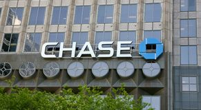 Chase Bank. Provides credit cards, mortgages, commercial banking, auto loans, investing & retirement planning, checking and business banking Stock Images