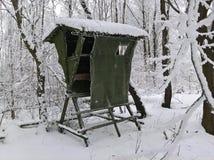 Chasse de l'hiver sans visibilité de Milou Images stock