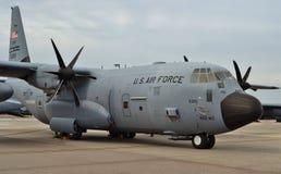 Chasseurs d'ouragan de l'Armée de l'Air C-130J photos libres de droits