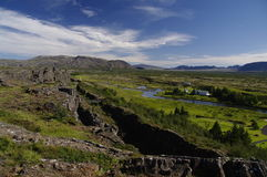 Chassoir des plaques tectoniques chez Pingvellir Islande Photographie stock libre de droits