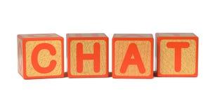 Chat - das Alphabet-Blöcke der farbige Kinder. stockbilder