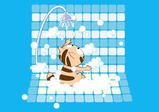 Chat très mignon ayant un bain savonneux illustration libre de droits