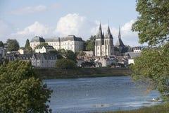 Chateau auf Fluss die Loire Frankreich Lizenzfreies Stockfoto