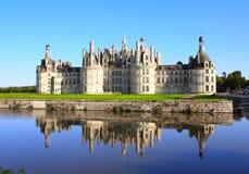 Chateau Chambord-Schloss mit Reflexion, Loire Valley, Frankreich Stockbilder