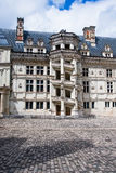Chateau de Blois. Berömdt röra sig i spiral trappuppgången arkivbild