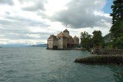 Chateau de Chillon närliggande Montreux i Schweiz Arkivbilder