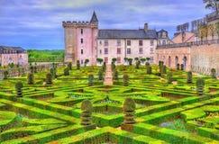 Chateau de Villandry con il suo giardino - il Loire Valley, Francia fotografia stock libera da diritti