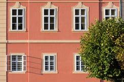 Chateau Dobris lizenzfreie stockfotos