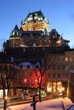 Chateau Frontenac på skymning i vintern, Quebec Arkivfoto