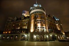 Chateau Frontenac während der Nacht Lizenzfreie Stockfotografie