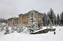 Chateau Lake Louise Lizenzfreie Stockfotos