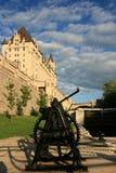 Chateau Laurier en de Sloten van Ottawa royalty-vrije stock afbeeldingen