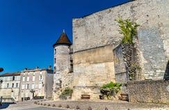 Chateaudesen Valois, en medeltida slott i Cognac, Frankrike royaltyfria bilder