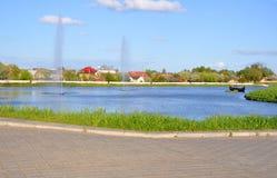 Chateaumeer in de stad van Lida wit-rusland Royalty-vrije Stock Foto