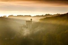 Chateaux Commarque au lever de soleil photographie stock libre de droits