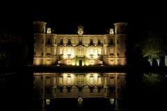 Chateaux Pichon-Longueville la nuit Photos stock
