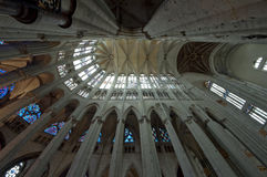 Chatedrale St Pierre av Beauvais - inre 01 Arkivbild