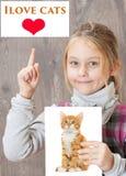 Chats d'amour d'enfant Photographie stock libre de droits