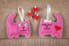 Chats roses dans l'amour Photo libre de droits
