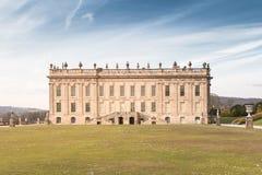 Chatsworth-Haus Front View nahm vom Garten lizenzfreies stockfoto