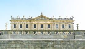 Chatsworth Haus und Balustrade Lizenzfreie Stockfotografie