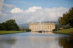 Chatsworth jezioro i dom Zdjęcie Royalty Free