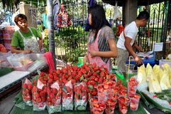 Chatuchak Weekend Market Fruit Seller Royalty Free Stock Images