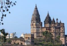 Chaturbhuj świątynia dla Ramy królewiątka bóg przy zmierzchem w India Orchha. Zdjęcie Stock