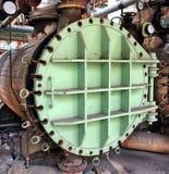 Chaudière industrielle à une usine abandonnée photographie stock libre de droits