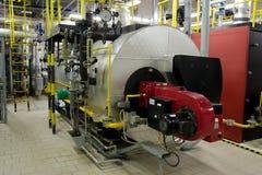 Chaudières de gaz dans la pièce de chaudière de gaz Image stock