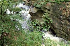 Chaudron de Bodekessel présagé par rivière Photo stock