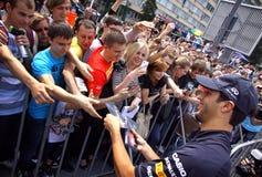 Chaufför Daniel Ricciardo för formel 1 av Red Bull det tävlings- laget Arkivbilder