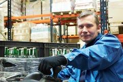chaufförgaffeltrucklager Fotografering för Bildbyråer