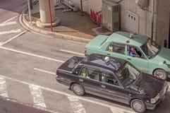 Chauffeur de taxi se causant image libre de droits