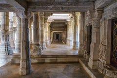 Chaumukha Mandir Jain tempel i Ranakpur, Rajasthan, Indien royaltyfri fotografi