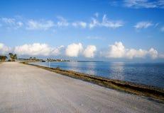 Chaussée de Dunedin, la Floride, Etats-Unis images stock