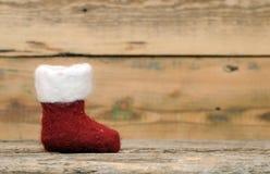 Chaussette de Noël sur le bois Photographie stock libre de droits