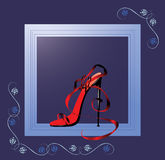 Chaussure dans un afficher-hublot Photos libres de droits