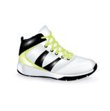 Chaussure de sport d'isolement sur le blanc Image libre de droits
